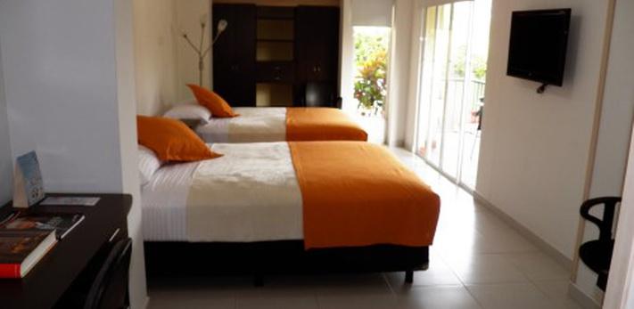 SuperiorTwin Hotel Casa Santa Monica Campestre Pance